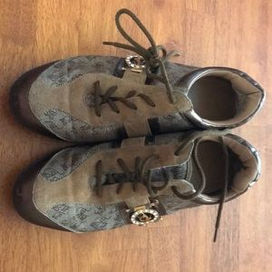 Baby phat shoes size 7.5 women's